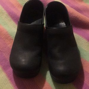 Dansko oiled black clogs size 43 EUR new